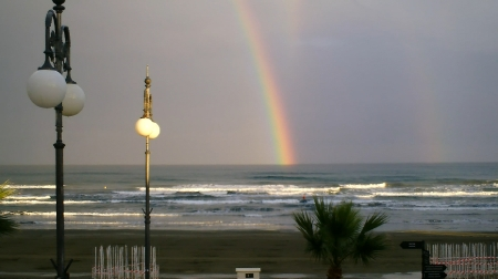 clip0680-3-807-rainbow